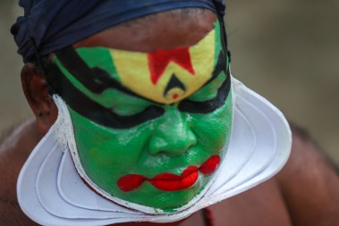 Fragrant_Nature_Kerala_Kathakali_makeup.jpg